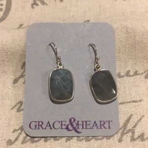 Grace&Heart Quietude Earrings